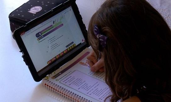 Presidente Jair Bolsonaro veta lei que dá a estudantes acesso gratuito à internet
