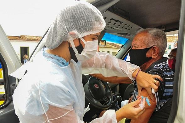 São Cristóvão: próximo Drive Thru de vacinação para os idosos de 70 anos ou mais acontecerá neste sábado  no SergipeTec