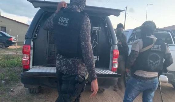 Polícia Civil prende três em flagrante por envolvimento em explosão no BB de Pacatuba