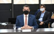 Fábio Mitidieri destina R$ 9 milhões para compra de vacinas