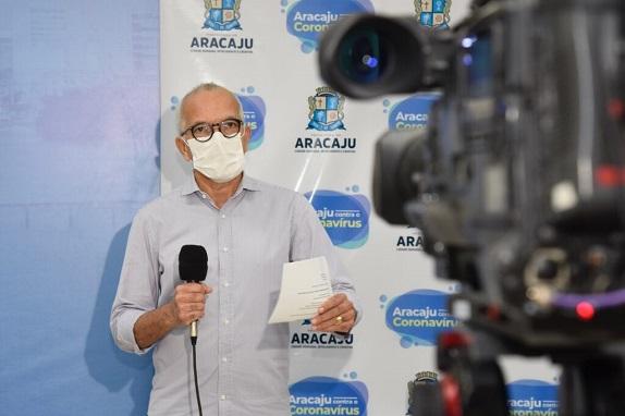 Prefeitura de Aracaju anuncia aumento da testagem e ampliação da frota de ônibus