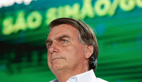 Presidente Jair Bolsonaro muda seis ministros de uma vez. Veja quem são