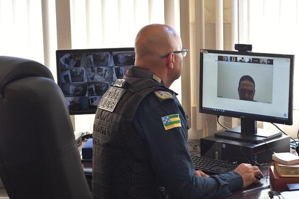 Comandante-geral da Polícia Militar reúne oficiais e define estratégias para fiscalizar novas medidas de restrição contra Covid-19