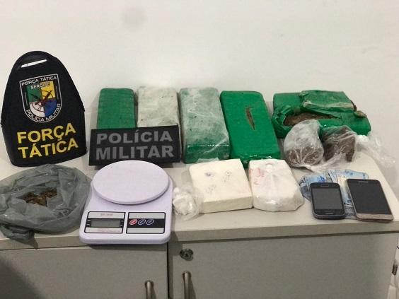 Polícia Militar desarticula local que vendia drogas por delivery em Aracaju
