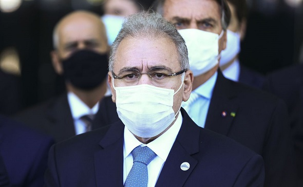 Novo ministro da saúde diz que meta do governo é vacinar 1 milhão por dia