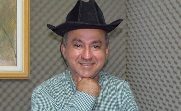 Morre o médico Gilson Nascimento, autor da música 'Vamos Subir Dragão'