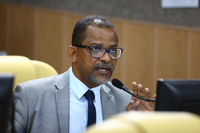 Professor Bittencourt destaca trabalho da Guarda Municipal na redução do número de assaltos dentro do transporte coletivo
