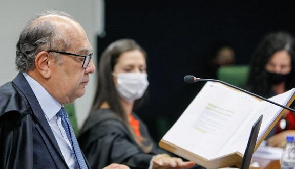STF decide que estados e municípios podem proibir cultos durante a pandemia