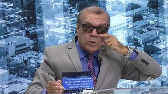 Após mais de 50 dias internado com Covid, apresentador Bareta deixa a UTI