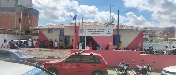 Em Sergipe, festa clandestina 'Cabaré' termina com 111 pessoas na delegacia