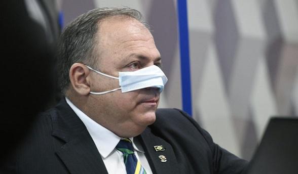 Após ex-ministro Pazuello passar mal, CPI é suspensa e só será retomada amanhã