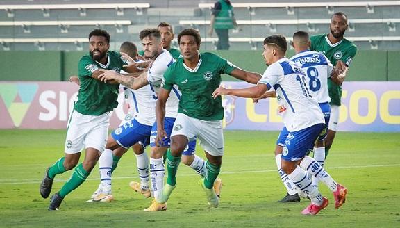 Com gol anulado pelo árbitro Confiança perde para o Goiás