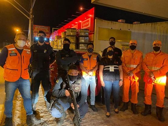 Bar clandestino com cerca de 400 pessoas é fechado em Aracaju