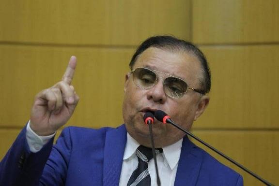 Deputado pede que MPE e MPF apurem demissão de servidor da Prefeitura de Aracaju