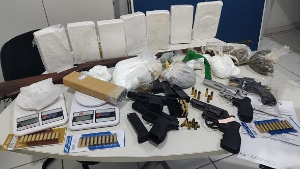 Proprietário de autoescola é preso suspeito de integrar grupo de narcotráfico; operação cumpre 28 mandados em Sergipe