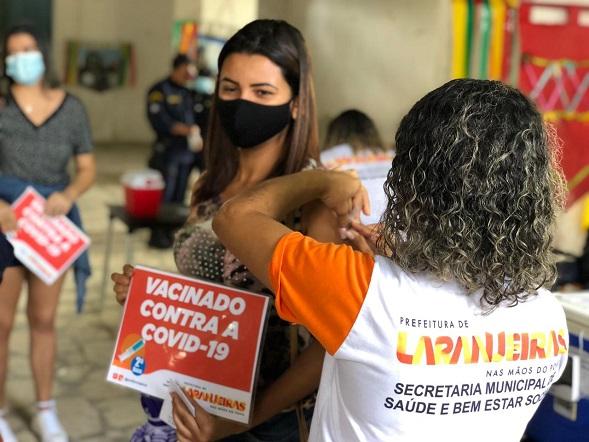 Bolsonaro melhora, mas segue sem previsão de alta, aponta boletim médico