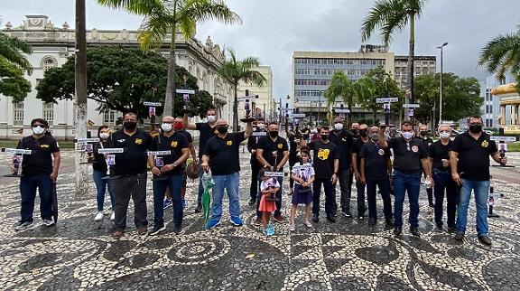 Movimento Polícia Unida homenageia colegas mortos em razão da profissão