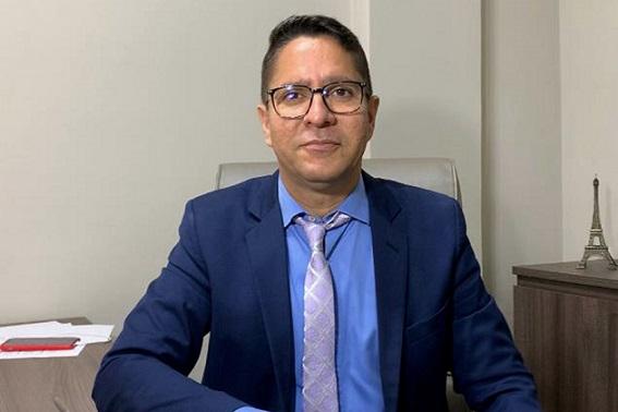 Assessor transfere dinheiro da Saúde de Aracaju para conta pessoal, denuncia vereador