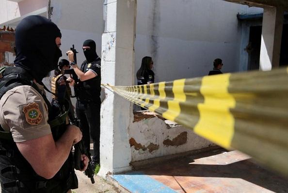 Prefeito Marcos Santana recebe comitiva do Governo do Estado em visita as obras da fábrica do Grupo Maratá