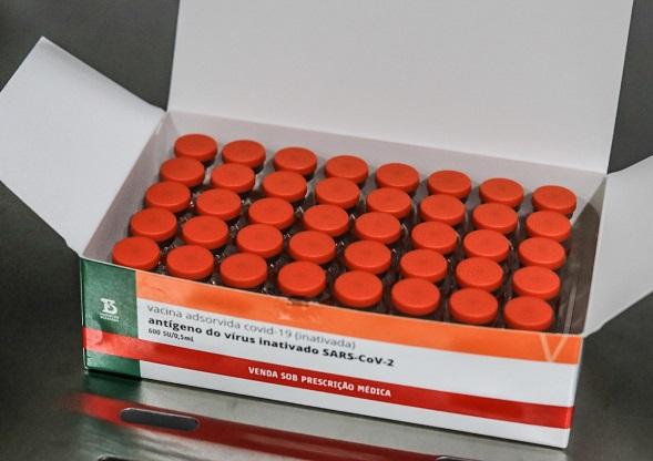 Sergipe recebe mais de 67 mil doses de vacinas contra a Covid-19 nesta quinta, 26