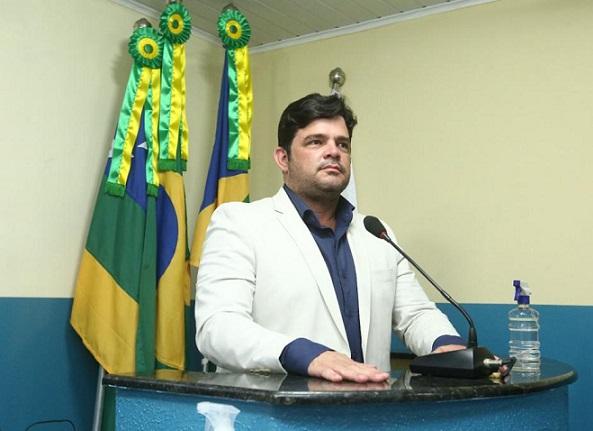 Câmara de São Cristóvão aprova Título de Cidadania a ex-deputada Ana Lúcia