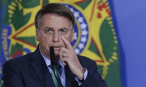 Bolsonaro sanciona lei que permite ao governo indicar reforma do IR para custear Auxílio Brasil