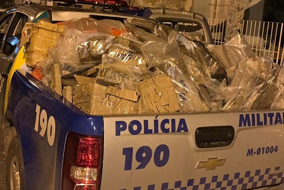 Polícia Militar apreende mais de uma tonelada de drogas no Bairro Aruana em Aracaju