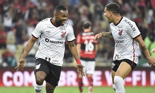 Flamengo perde para o Athletico-PR no Maracanã e é eliminado da Copa do Brasil