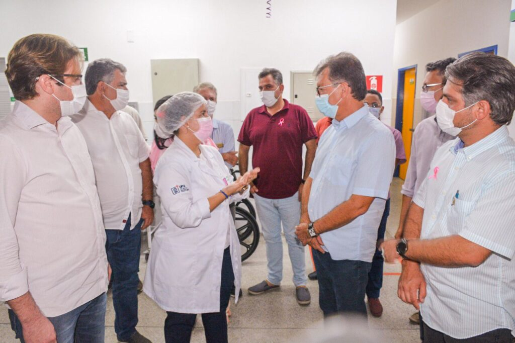 Deputado Laércio visita UPA 24 horas de Itaporanga D'Ajuda